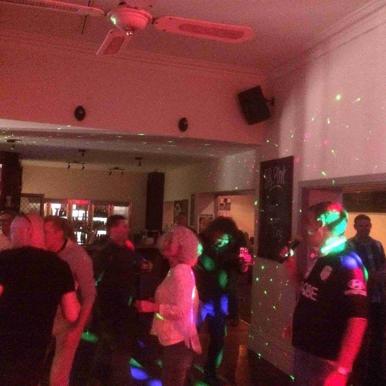 Friday Karaoke Night! is back !!!   (Free Entry)