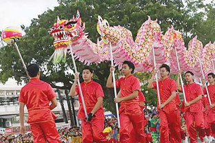 Chinese New Year, more than attracting luck