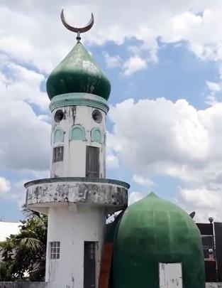 Naga's Muslims end Ramadan at home