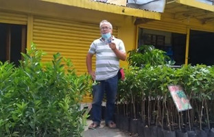 Trader urges folk to donate, plant trees