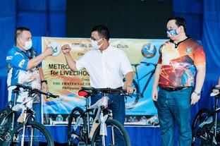 Philippine Eagles donates bikes for livelihood project