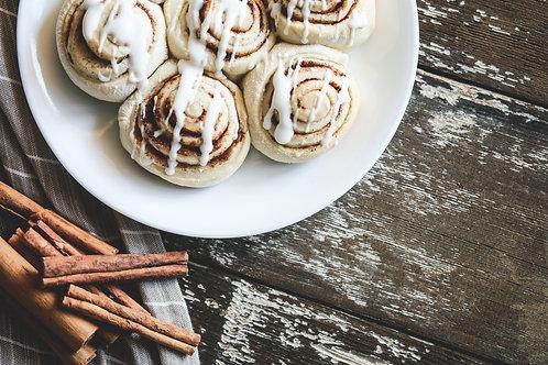 parbaked pans of cinnamon rolls (6)