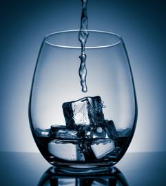 JPG_web_insta_glass_water-1.jpg