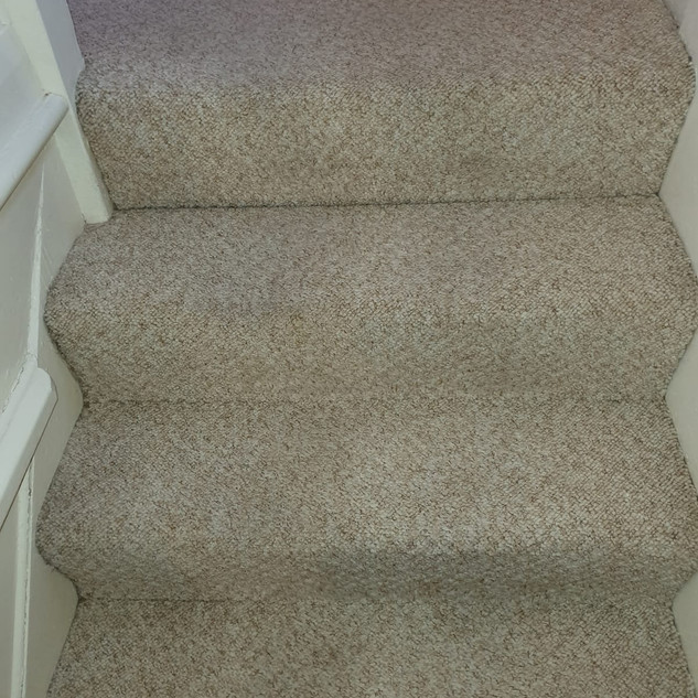 Before & after stair carpet cleaning