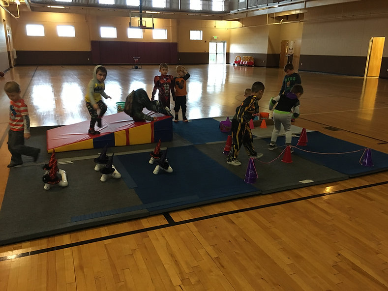 little kids learning gymnastics