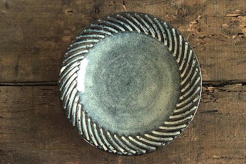 7寸皿鎬海鼠釉
