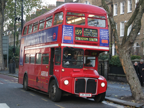 By Jon Bennett (London's farewell to the Routemaster) [CC BY 2.0 (http://creativecommons