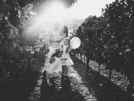 Séance photos de famille dans les vignes- Saint Tropez