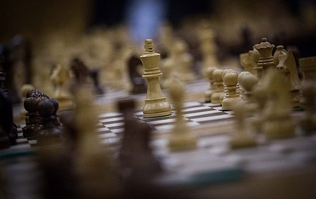 Israelis compete against Arab team, including Syrians, in online chess tourney