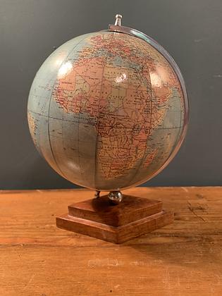 Sweet Little Desk Globe (c1960's)