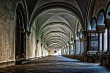 monastery-3130879__480.jpg