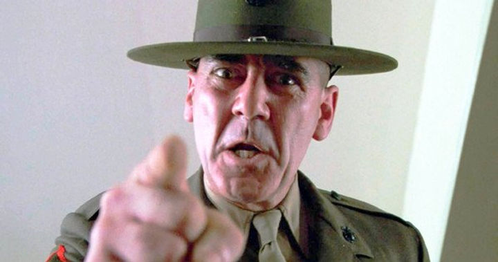 R-Lee-Ermey-Dies-74-Years-Old.jpg