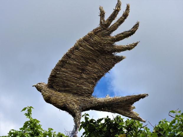 Red Kite Thatched Ornament