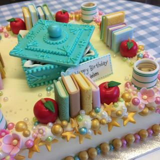 A birthday cake for mum