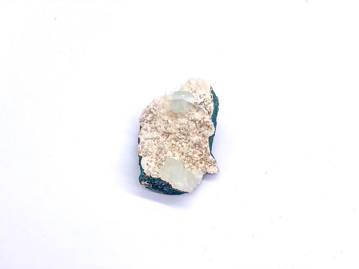 Apofilite verde com Stilbite Mini