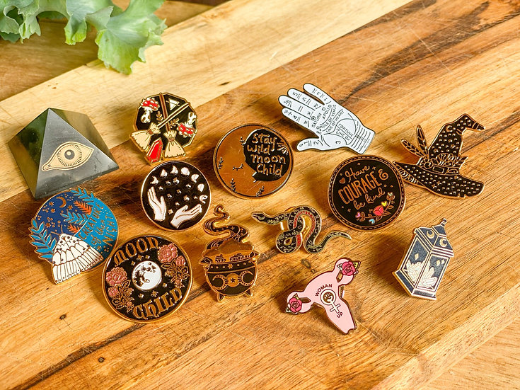 Pin Magic Witch Collection