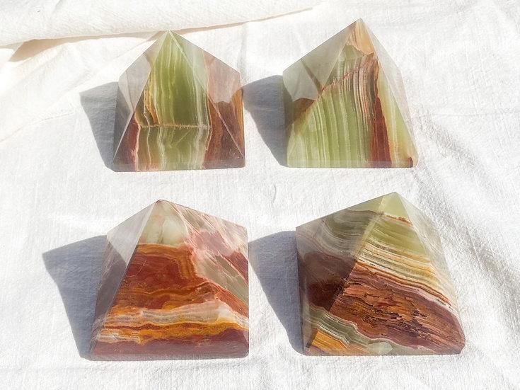 Pirâmide Grande de Onix Verde
