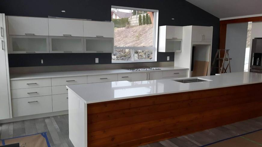custom home kitchen.jpg