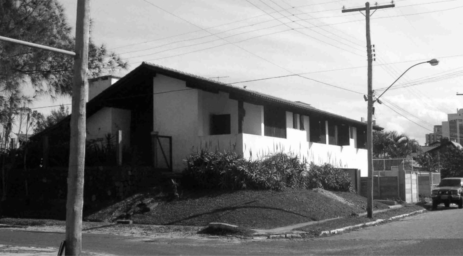 fachada 2 antes.jpg