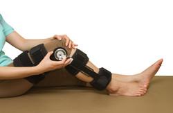 adjustable-angle-knee-brace-support-37093687