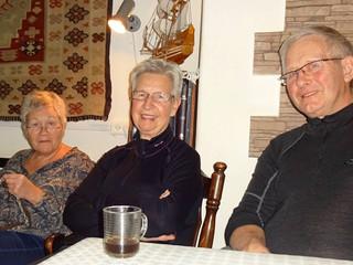 Hilsen fra Kari og Johne Varland