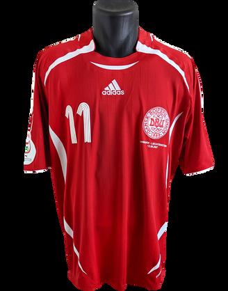 2006/08 Home Matchworn Dennis Rommedahl