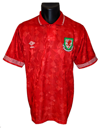 Wales 1990/92 Home