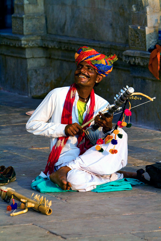 Street Musician in Udaipur, India