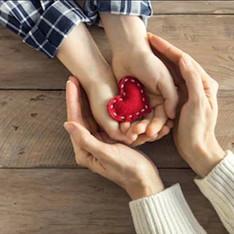 'Tis the Season of Generosity (Online Magazine Feature)