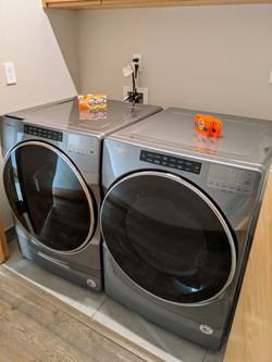 606 East - In-Unit Laundry