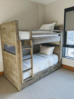 606 East - Bunk Room