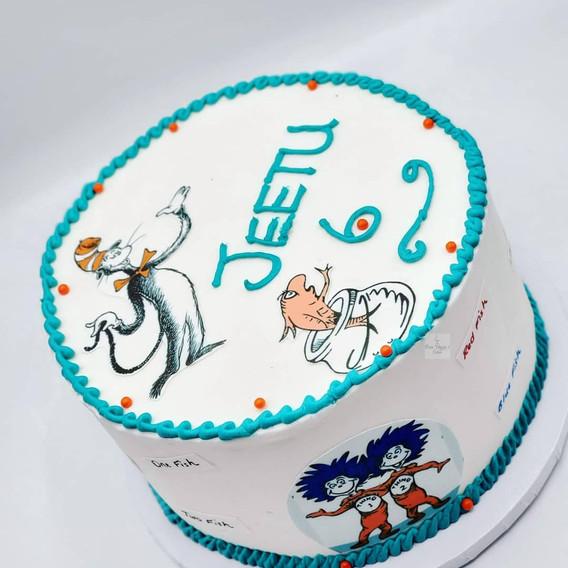 Vegan_Birthday_Cake_Dr. Seuss_Cat in the