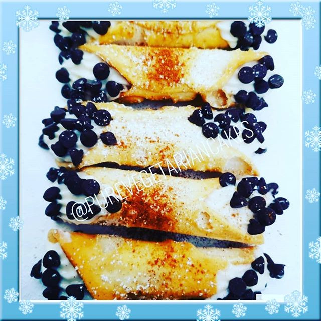 Holy Cannoli 😮Today is National Pastry