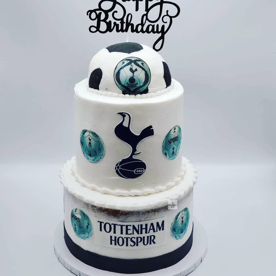 Vegan_Tottenham_HotSpur_Soccer_Cake.jpg