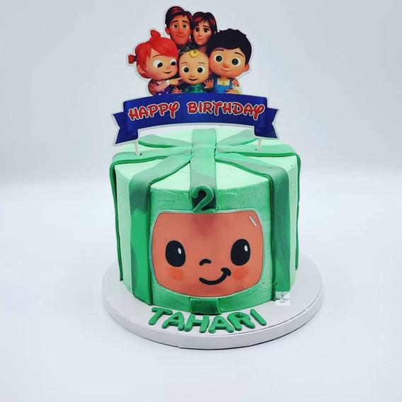 Vegan_Birthday_Cake_CocoMellon_theme.jpg