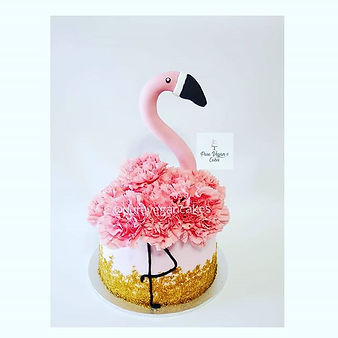 Vegan Vanilla Cake with fresh flowers - Flamingo theme