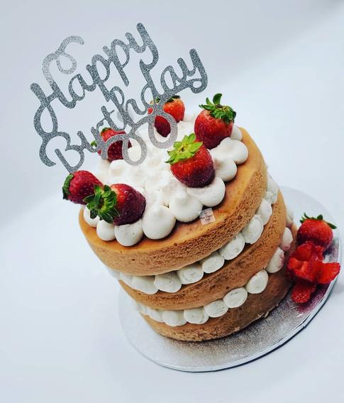 Vegan_Sugar Free_ Birthday Cake_with_Str