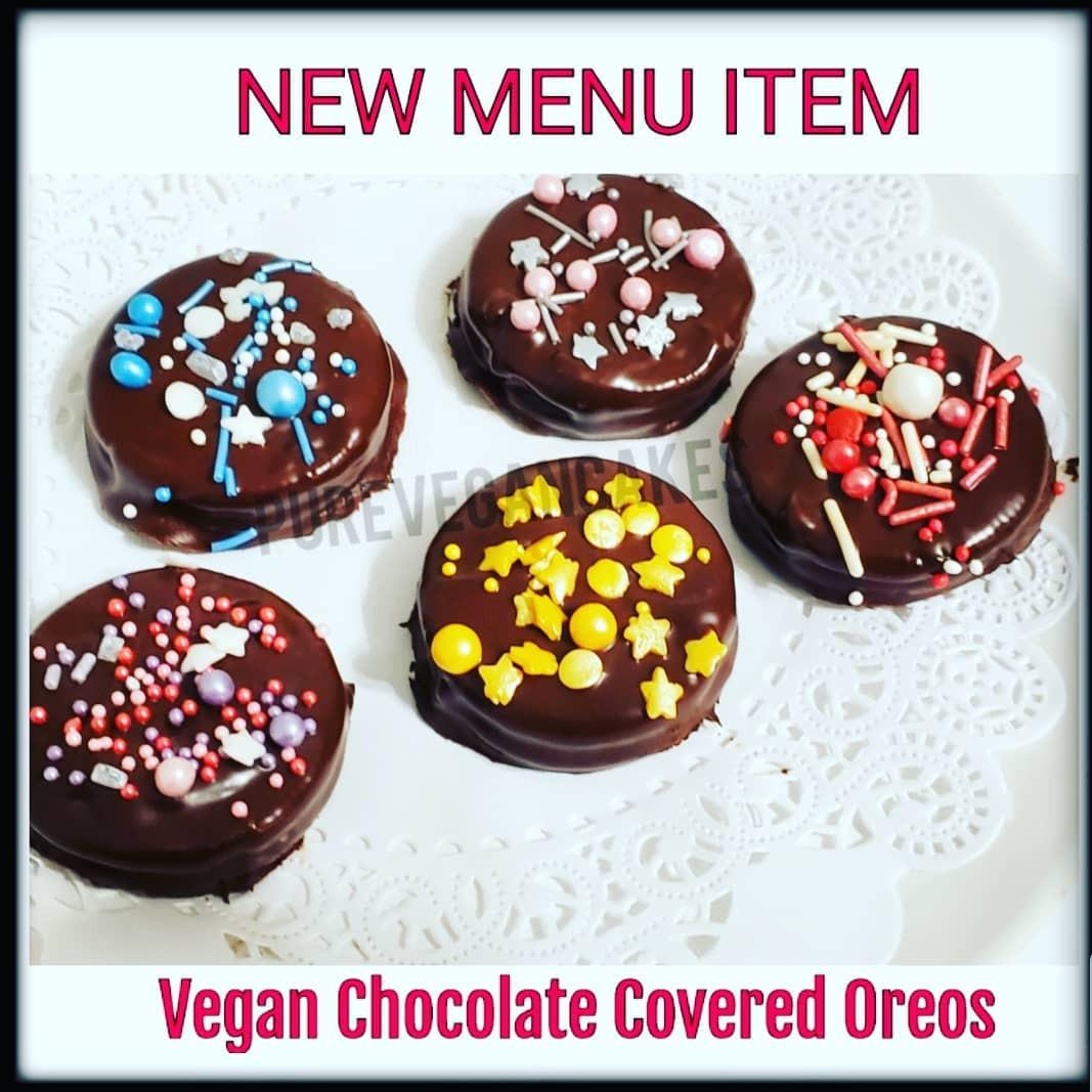 Vegan_Chocolate_Covered_Oreo_Cookie.jpg
