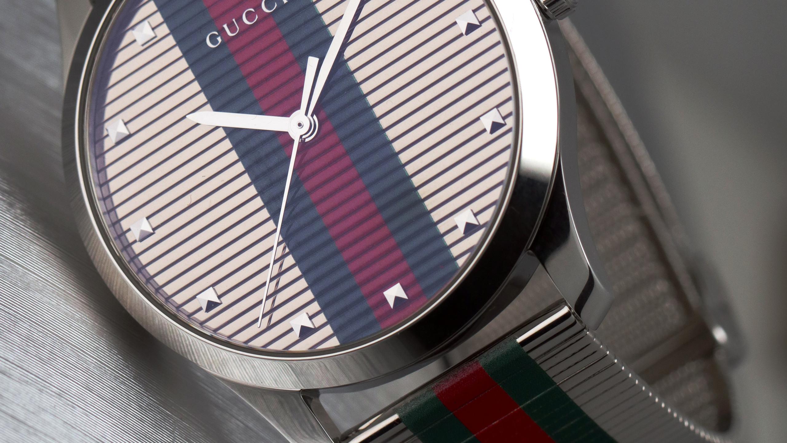 G-Timeless當代腕錶—— 綠紅綠條紋