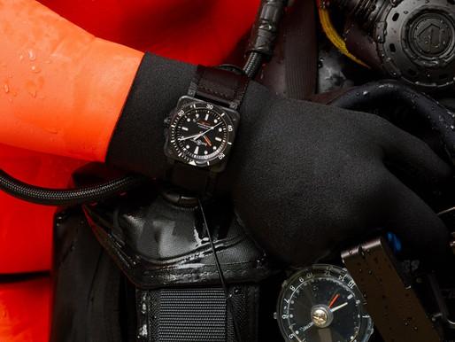 【新錶速遞】BELL & ROSS 全新黑陶瓷方形潛水錶