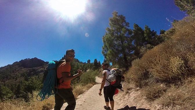 Ayudando a conseguir ilusiones... Escalada al Roque Nublo