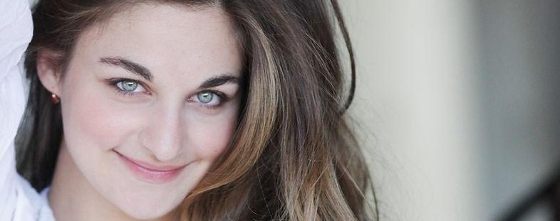 Alexandra Soumm ; contact ; violinst ; violoniste ; humanitarian ; humanitaire ; international soloist
