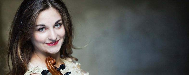 Alexandra Soumm ; contact ; violinst ; violoniste ; humanitarian ; humanitaire ; international soloist