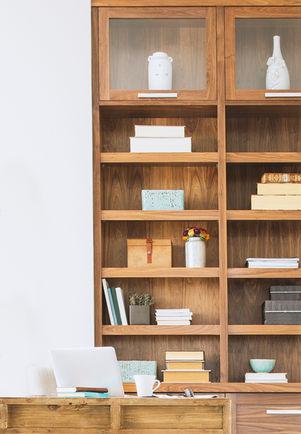 Estantes de libros de madera