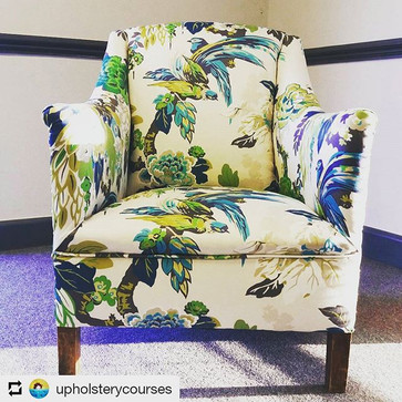 #Repost _upholsterycourses_• • •_Remembe
