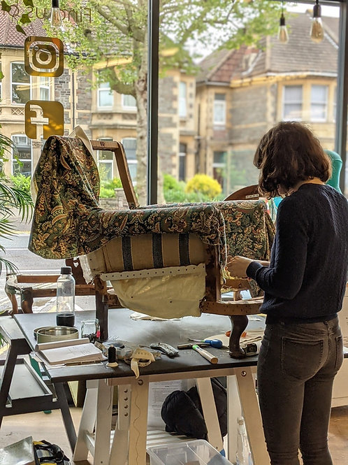 Beginners Upholstery Wednesday 27th April 2022  -  6 week term block