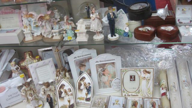 Assorted Communion Gifts