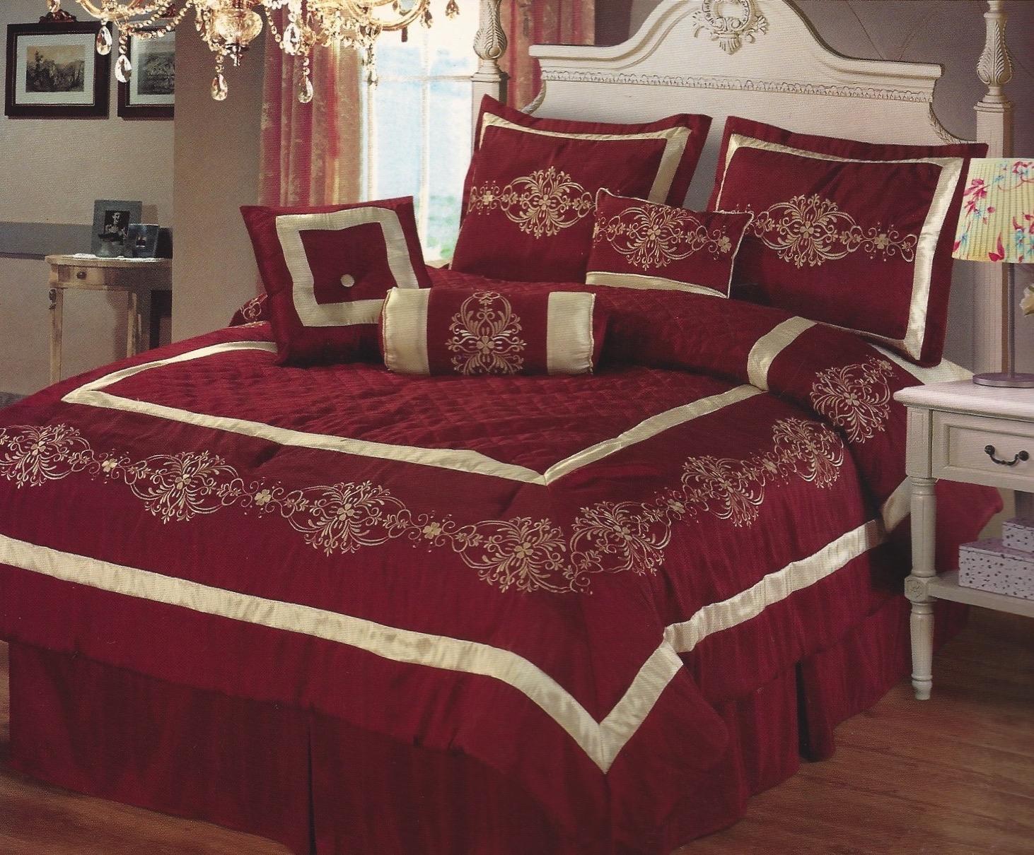 Roma Comforter Set