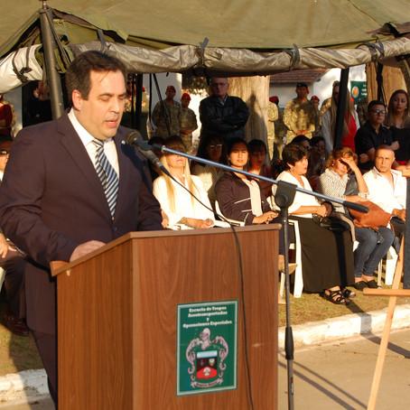 """Palabras Homenaje en la puesta del Nombre """"ESCUELA CAPITÁN HÉCTOR CÁCERES"""" a la escuela de"""