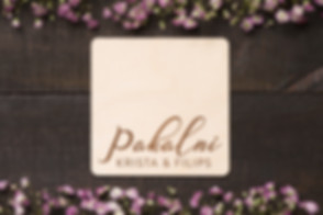personalizēta kāzu dāvana, personalizēta dāvana kāzās, kāzu dāvana ar gravējumi, dāvanas kāzas, kāzu dāvanas, idejas kāzu dāvainai, oriģinālas kāzu dāvanas, glāžu paliktnīši, paliktnīšu komplekts jaunajam pārim, paliktnīši ar gravējumu